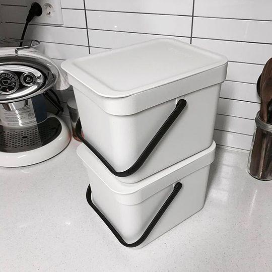 פחי שיש | פחי הפרדת פסולת | פחים קטנים למטבח