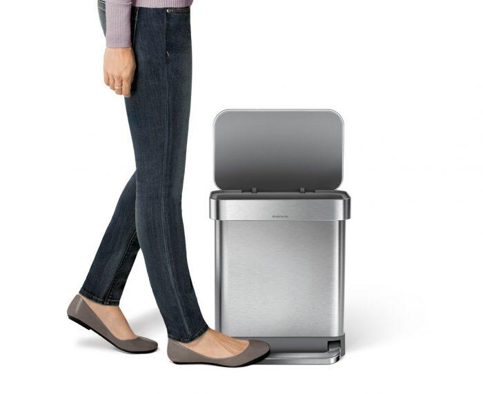 30 litre rectangular pedal bin with liner pocket